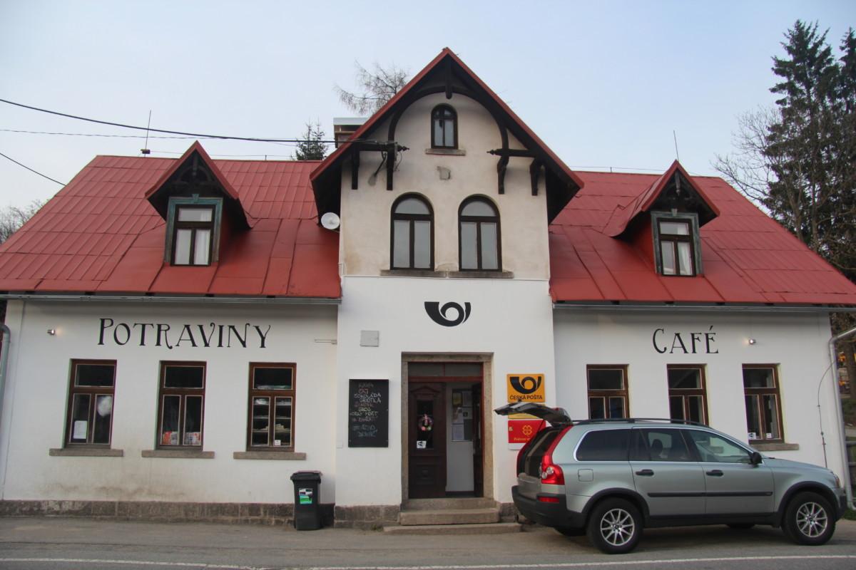 Portrét obchodníka: Potraviny Café Bedřichov – Pošta Partner