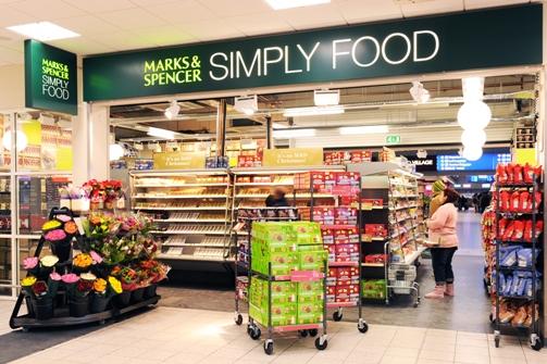 Marks & Spencer spustí módní e-shop a otevře prodejny potravin