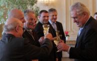 Prezident Miloš Zeman přijal nejúspěšnější české vinaře