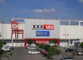 Obchody s nábytkem Kika se mění na XXXLutz