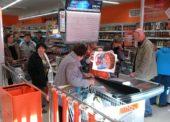 Češi mají peníze a utrácejí, tržby v maloobchodě vzrostly meziročně o 7,8 procenta