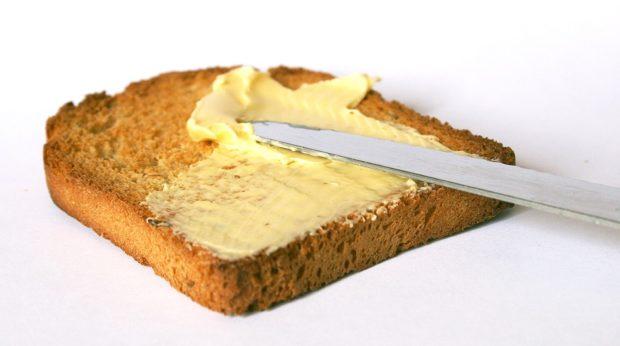 Máslo rekordně podražilo, téměř o polovinu. Ceny potravin šly nahoru o necelých 6 %