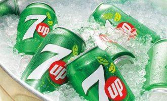 PepsiCo mění složení nápoje 7Up. Cukr namísto sirupu
