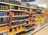 Diskonty a supermarkety nabírají na významu