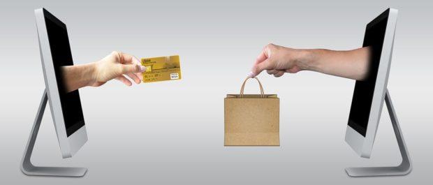 Češi nakupují on-line pravidelně, jejich loajalita k osvědčeným e-shopům roste