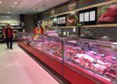 Spotřebitelé mohou na startu grilovací sezony pořídit maso s průměrnou slevou 23 %