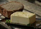 SOCR ČR: Obchodníci za vysoké ceny másla nemohou, marže je v průměru 14 procent