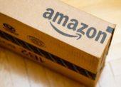 Amazon posílal nezabalené dárky. Zničil nám Vánoce, stěžují si Britové