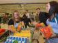 Do Národní potravinové sbírky sa již zítra zapojí 750 obchodů.  Mezi nimi Tesco, Lidl, Billa či dm drogerie markt