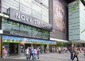 Tesco prodalo část svého podílu v pražském centru Nový Smíchov. Hypermarket tam zmenšilo o polovinu