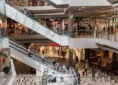 Obchodním centrům v Česku se má dařit i letos