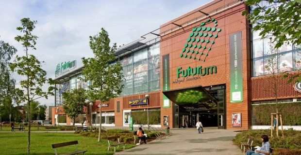 Obchodní centrum Futurum v Hradci Králové koupil miliardář Radovan Vítek