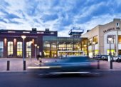 Obchodní centra mění svou tvář
