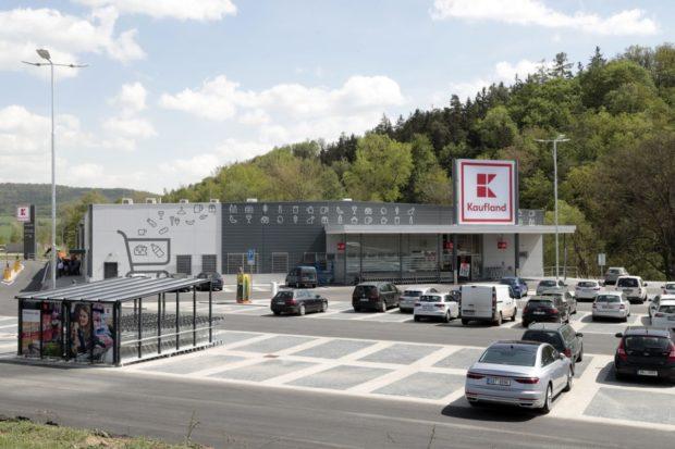 Elektromobilita, fairtrade i ekologická výstavba. Kaufland naplňuje svou strategii v oblasti trvale udržitelného rozvoje