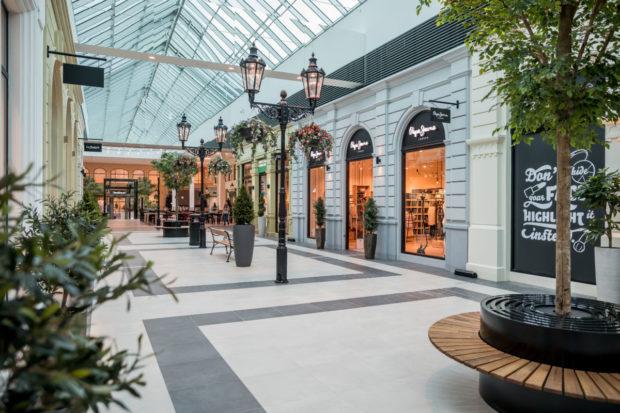 Prague The Style Outlets otevřen. Je v něm sto obchodů