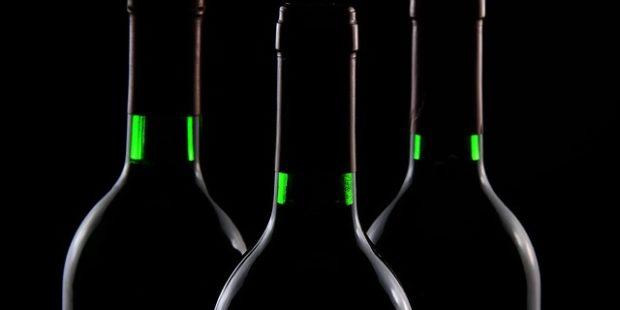 Alza nově nabízí víno a destiláty, v sortimentu budou i další nápoje