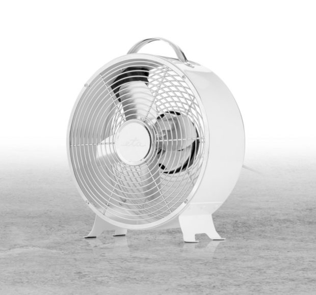 Letošní vedra dramaticky zvedla prodeje klimatizací i ventilátorů na internetu