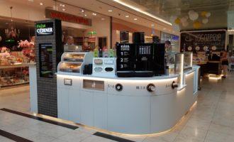MOL otevřel v obchodním centru Arkády Pankrác v Praze první občerstvení Fresh Corner mimo čerpací stanice