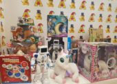 Češi by mohli za hračky na Vánoce utratit až 3,1 miliardy korun