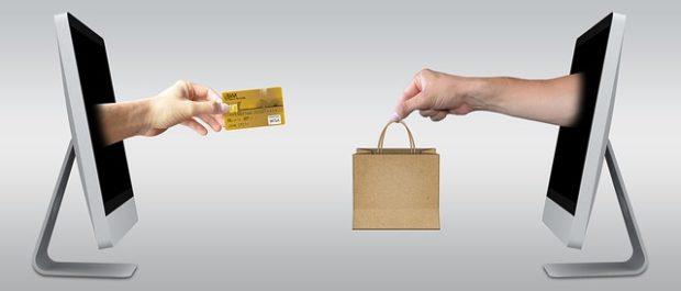 Zákazníci si zboží z e-shopu často vyzvedávají osobně, doprava zdarma má být při nákupu nad 1000 korun