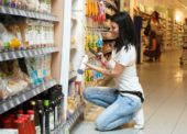 Pro příjemný zážitek z nákupu je klíčový ochotný a kompetentní personál prodejen