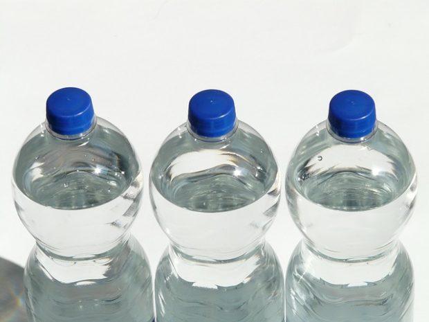 Zálohované PET lahve by k jejich vracení motivovaly 9 z 10 Čechů