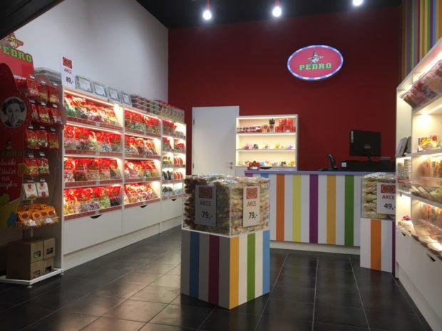 Pedro otevřelo značkovou prodejnu v Mladé Boleslavi