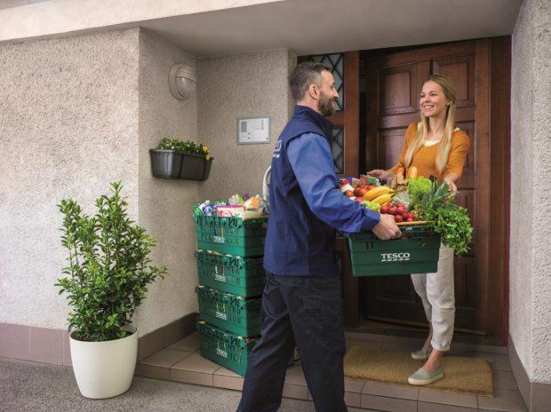 Tesco rozšiřuje rozvoz potravin do Českých Budějovic a okolí