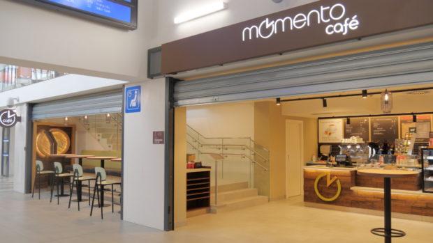 V Kolíně se ještě před zpřísněním opatření otevřelo nové Momento Café
