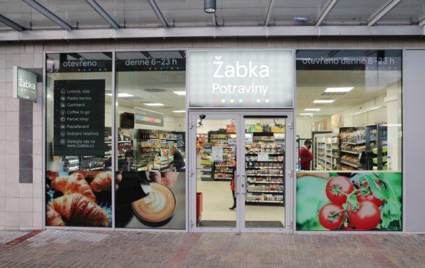 Žabka otevřela dvě nové prodejny v Praze. Poprvé i v nákupním centru