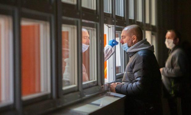 Obchodní řetězce otestovaly všechny zaměstnance, informuje SOCR ČR