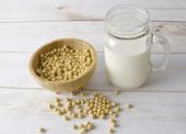Označování rostlinných alternativ mléčných výrobků se nebude zpřísňovat
