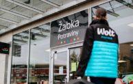 Wolt posiluje rozvoz potravin a nově spolupracuje se sítí prodejen Žabka