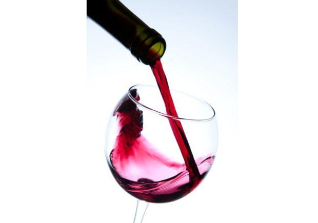 Bohatá portugalská kuchyně nadchne každého, prozkoumejte ji s námi a vydejte se na cestu plnou chutí a jedinečných vín