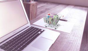 Obrat tuzemských e-shopů přesáhl ve druhém čtvrtletí 50 miliard